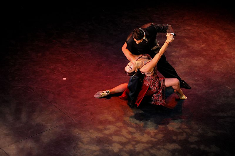 essay on the tango His article will describe the existing peer review research on the benefits of argentine tango dancing in general, and specifically, for persons with disabilities.