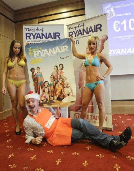 Girls Not Naked   Girls Hot: Sexy Stewardesses of Ryanair
