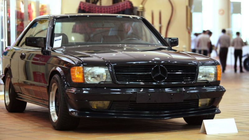 Gallery prince of monaco sells out exclusive motor for Garage mercedes monaco