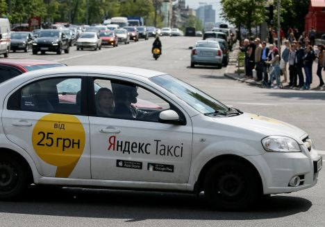 Lithuania wants Yandex Taxi out, taxi drivers reluctant to