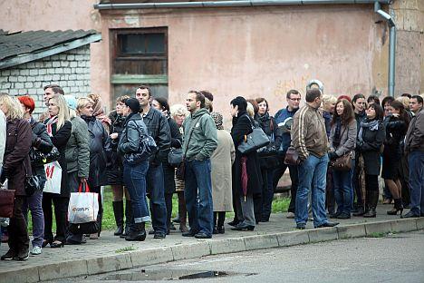eight months, Latvia, Saeima, unemployment, benefit, law, Welfare Ministry