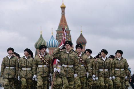 Russia, Kaliningrad, NATO, military, motorized division, Crimea
