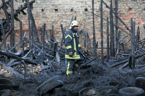 fire, Andrejosta, tire warehouse, State Police, VVD