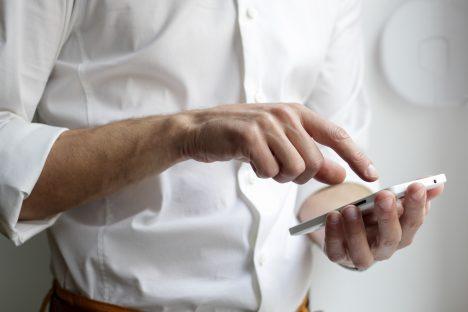 bank, transactions, SEB Bank, contact-free, mobile phone