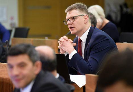 Riga, Oļegs Burovs, city council, opposition, Vilnis Ķirsis