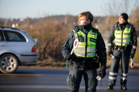 bribe, Lithuania, police, drunk driving
