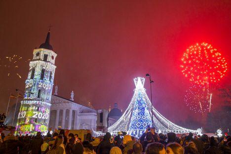 Vilnius, Lithuania, taxation, chid benefits, economy