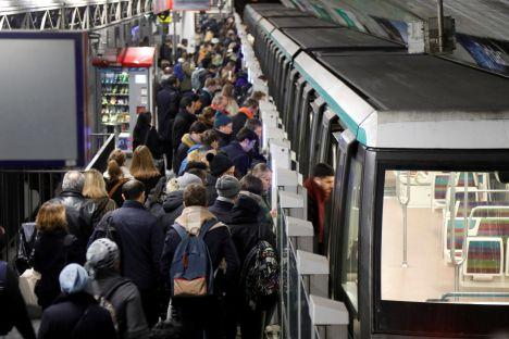 France, pension reform, transport strike, protests
