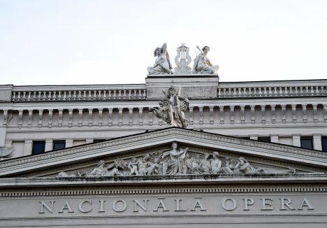 Latvia, government, opera, plans