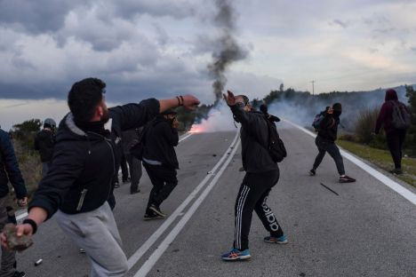 Greece, migration, Lesbos, Chios, protests, camps