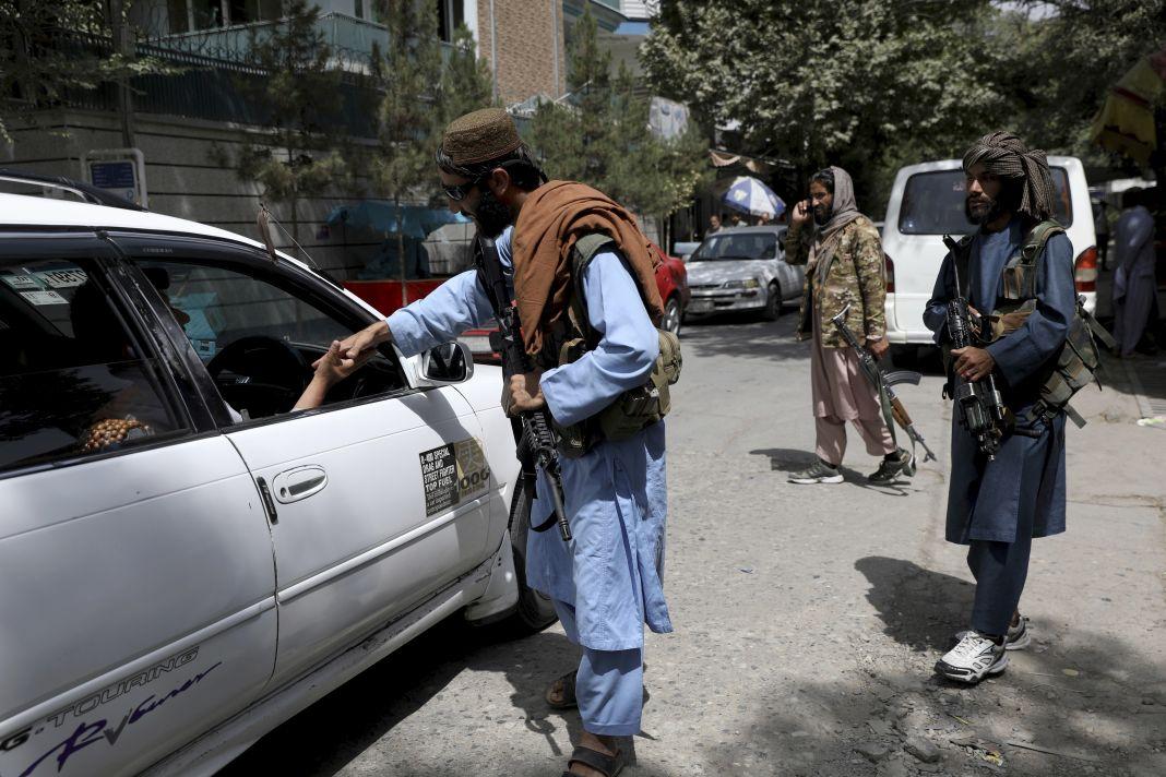 Kabulas lidosta, drošība, imigrācija, Afganistāna, aizsardzība, upuri, Taliban